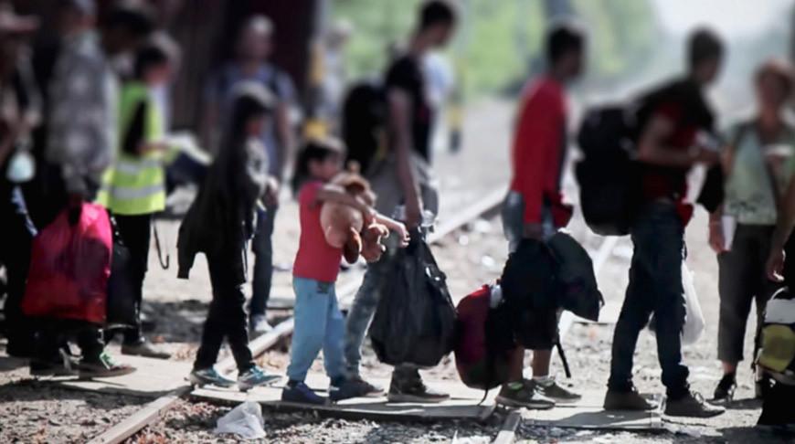 Генсек ООН: 70 млн мигрантов и беженцев сталкиваются с тройной угрозой и нуждаются в защите