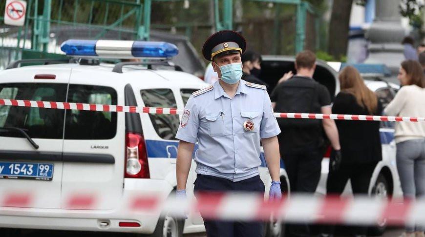 Стрелявшему по полицейским в Москве назначат психиатрическую экспертизу