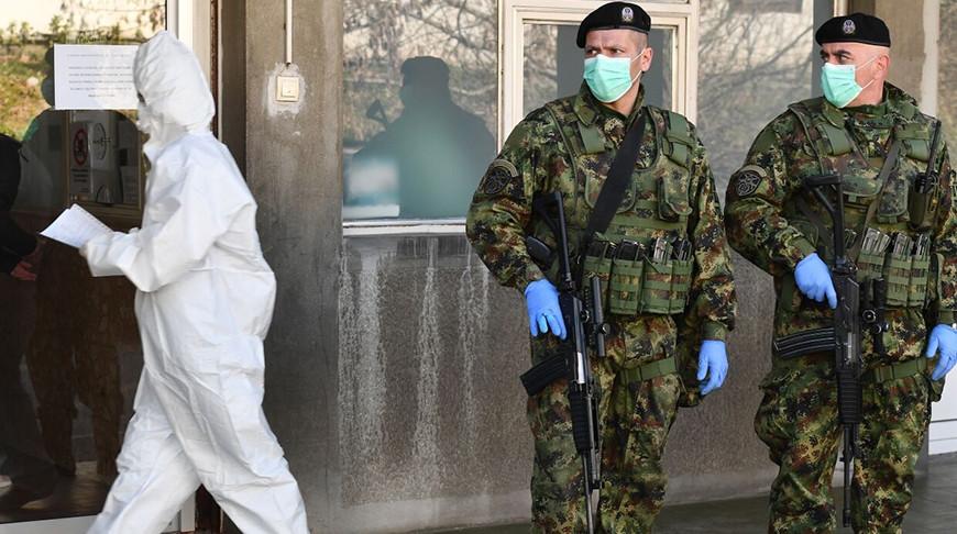 Во время комендантского часа в Сербии. Фото из архива ТАСС