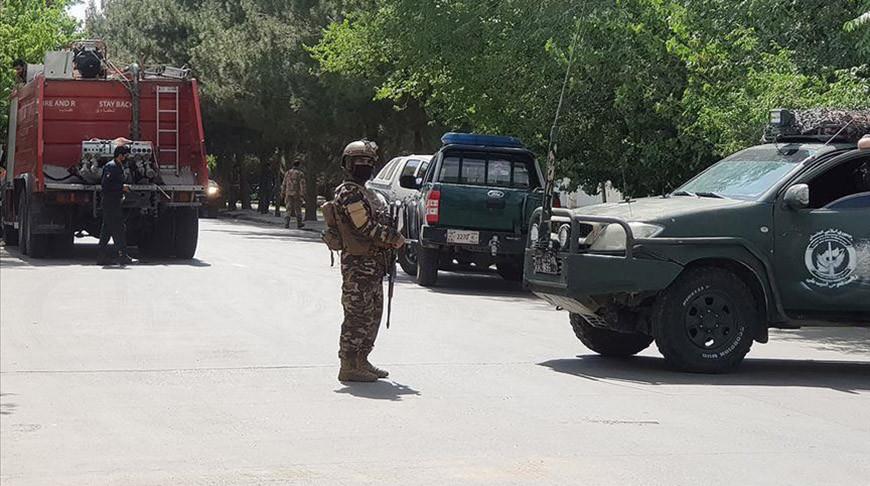 Четверо полицейских и 12 боевиков погибли во время нападения на КПП в Афганистане