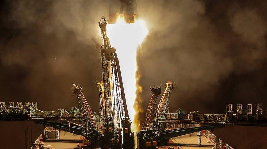 Новая экспедиция отправится к МКС в октябре
