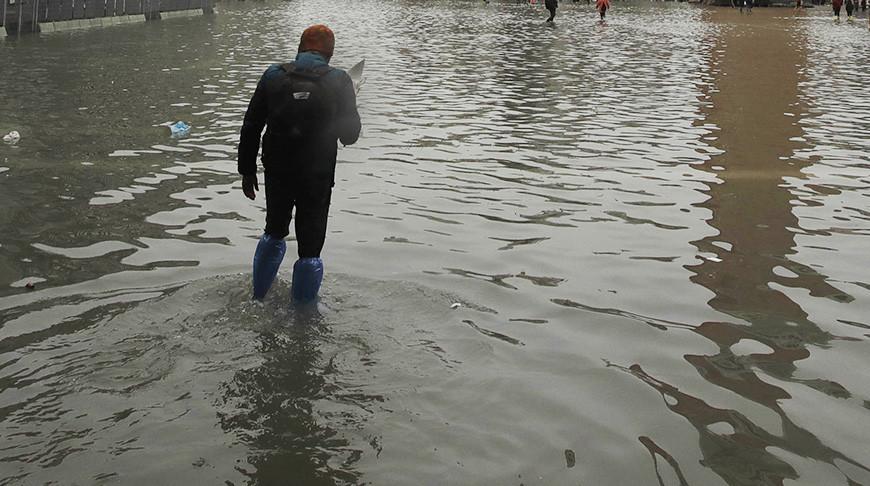 В Пакистане из-за дождей и наводнений погибли более 60 человек