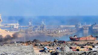 Порт в Бейруте после взрыва. Фото EPA