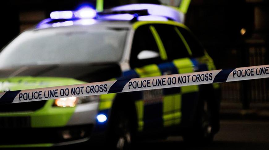 В Великобритании школьный автобус врезался в мост