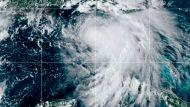 "Циклон ""Салли"" у южного побережья США усилился до урагана"