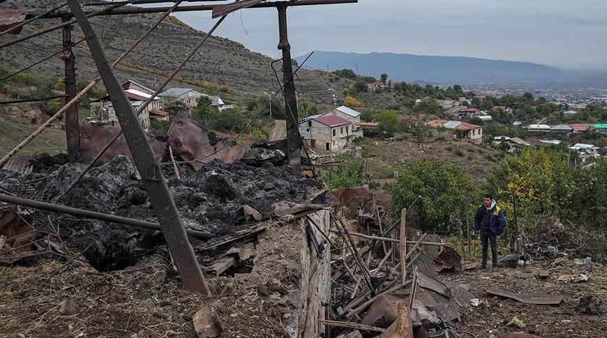 Главы МИД России и Турции отметили важность выполнения московского заявления по Карабаху