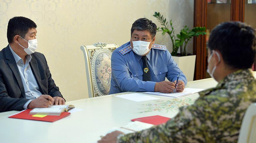 Комендант Бишкека предложил президенту Кыргызстана продлить в городе режим ЧП