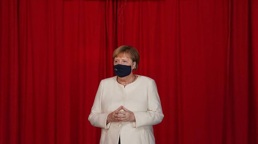 Меркель призывает жителей Германии сократить контакты в связи с коронавирусом