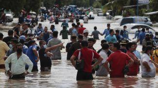 """Последствия урагана """"Эта"""" в Гондурасе"""