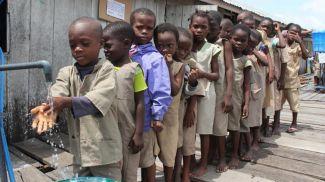 Дети в одной из школ Бенина. Фото Синьхуа