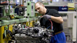 На заводе Mercedes-Benz в Берлине. Фото Deutsche Welle