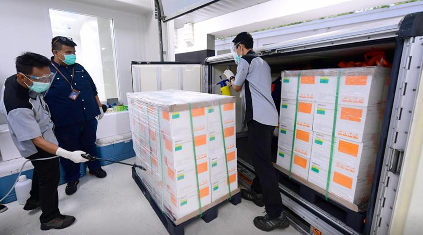 Промежуточные данные по испытаниям китайской вакцины от коронавируса Sinovac показали ее эффективность до 97%.