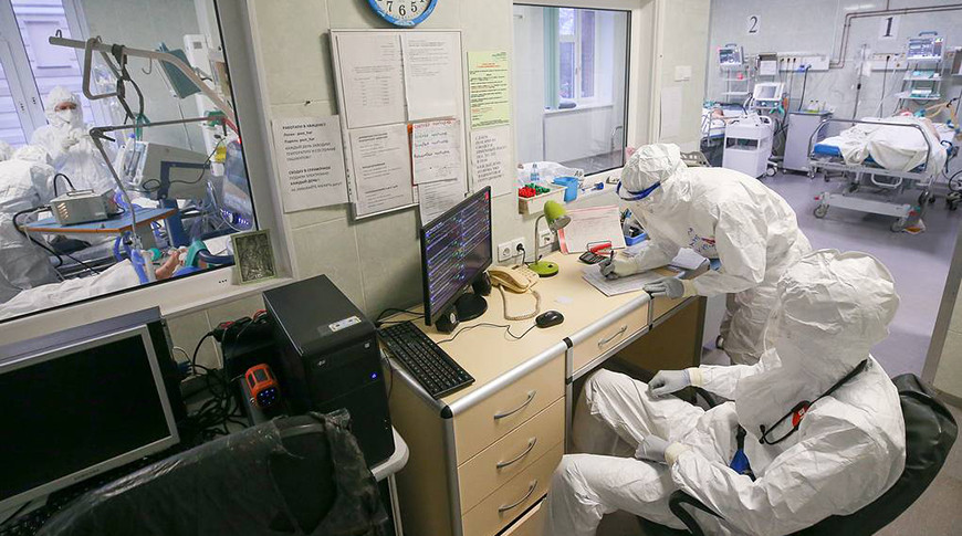 Около 70% россиян смогут привиться от коронавируса к ноябрю 2021 года