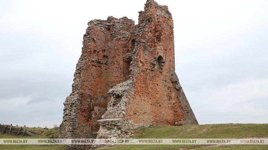Новогрудский замок. Фото из архива