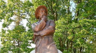 Памятник Франтишку Богушевичу в Сморгони