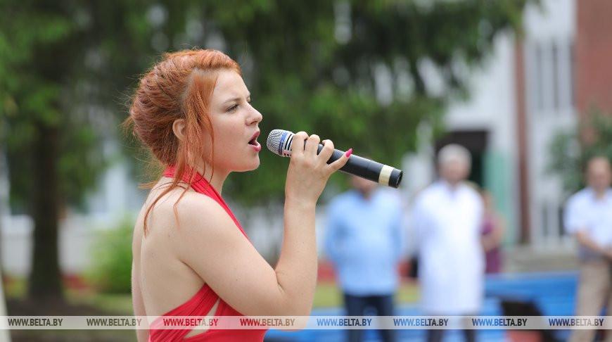 Во время концерта
