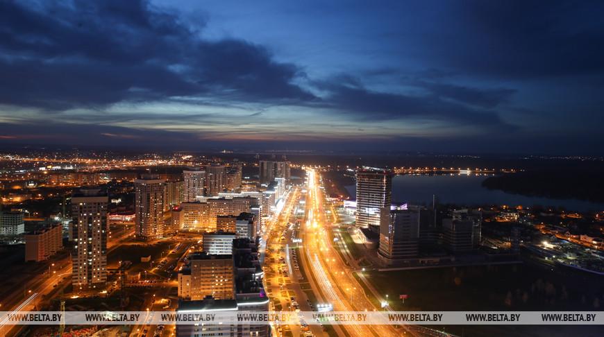 Минск к своему празднику предстанет на полотнах художников в НЦСИ
