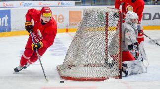 Во время тренировки белорусской сборной перед стартом на турнире в Словакии. Фото ФХБ