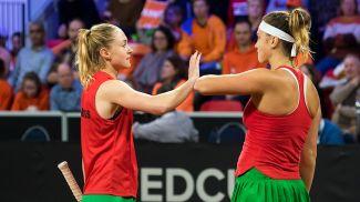 Александра Саснович и Арина Соболенко. Фото Белорусской теннисной федерации
