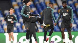 """Футболисты """"Барселоны"""" проводят тренировку в Неаполе. Фото УЕФА"""