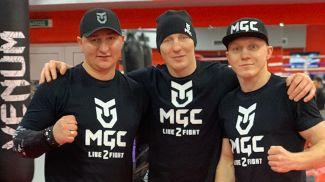 Константин Маханьков, Михаил и Евгений Долголевцы. Фото организаторов турнира по единоборствам MGC: Live 2 Fight