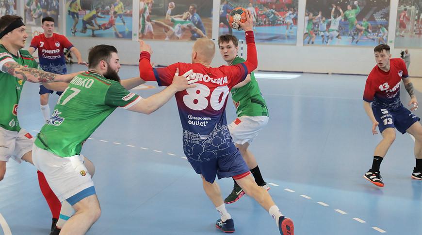 Фавориты гандбольного чемпионата Беларуси победили в матчах очередного тура
