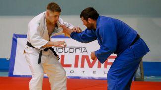 Александр Ваховяк (справа) во время соревнований