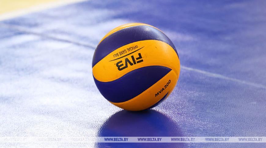Волейболисты солигорского 'Шахтера' в полуфинале чемпионата Беларуси обыграли 'Энергию'