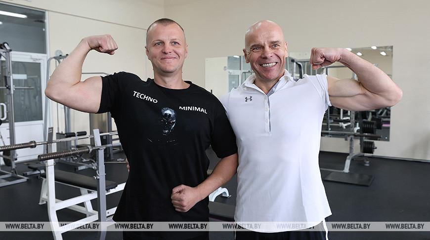 Сергей Заславский (слева) и Вячеслав Хоронеко. Фото из архива