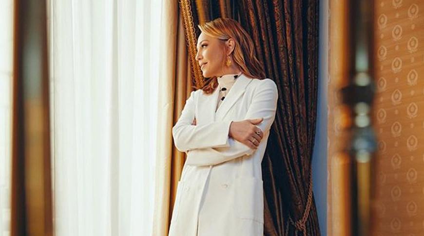 Альбина Джанабаева. Фото из Instagram