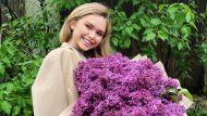 """""""Принцесса с сиренью"""": Стеша Маликова поразила поклонников красивым образом"""