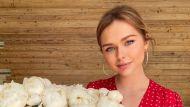 Стеша Маликова показала шикарную фигуру в платье - фанаты восхищены