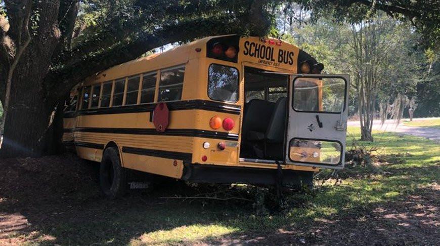 11-летний мальчик угнал школьный автобус в США и полчаса уходил от полиции