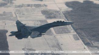 Истребитель Су-27. Фото из архива