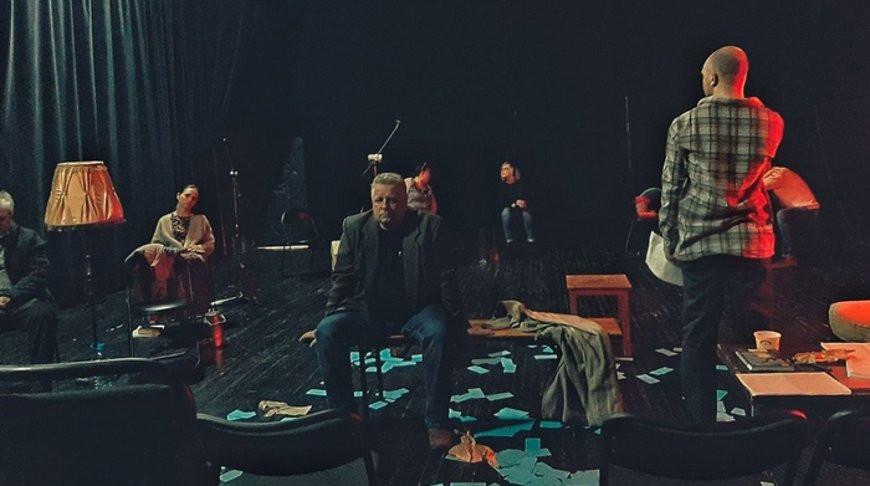 Тихий шорох уходящих шагов... Брестский академический театр драмы покажет спектакль-сон