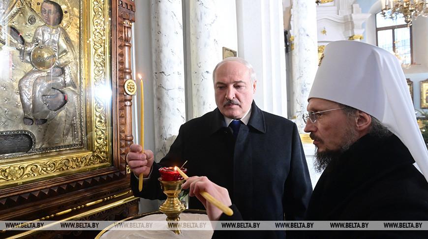 Лукашенко приехал попрощаться с митрополитом Филаретом