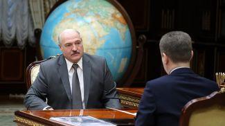 Александр Лукашенко и Владимир Кухарев