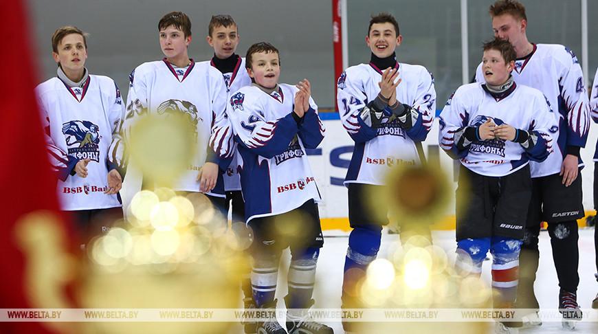 Лукашенко про турнир 'Золотая шайба': это настоящая школа мастерства, дружбы и взаимовыручки