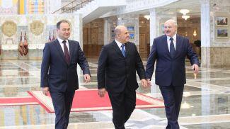 Президент Беларуси Александр Лукашенко, премьер-министр России Михаил Мишустин, премьер-министр Беларуси Роман Головченко