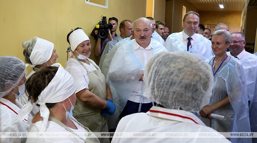 Александр Лукашенко посещает Свислочский район