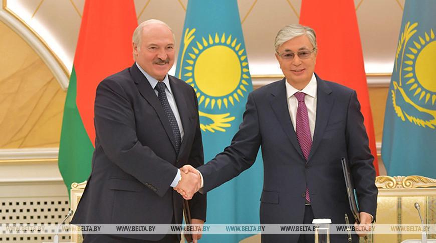 Александр Лукашенко и Касым-Жомарт Токаев. Фото из архива (2019 год)