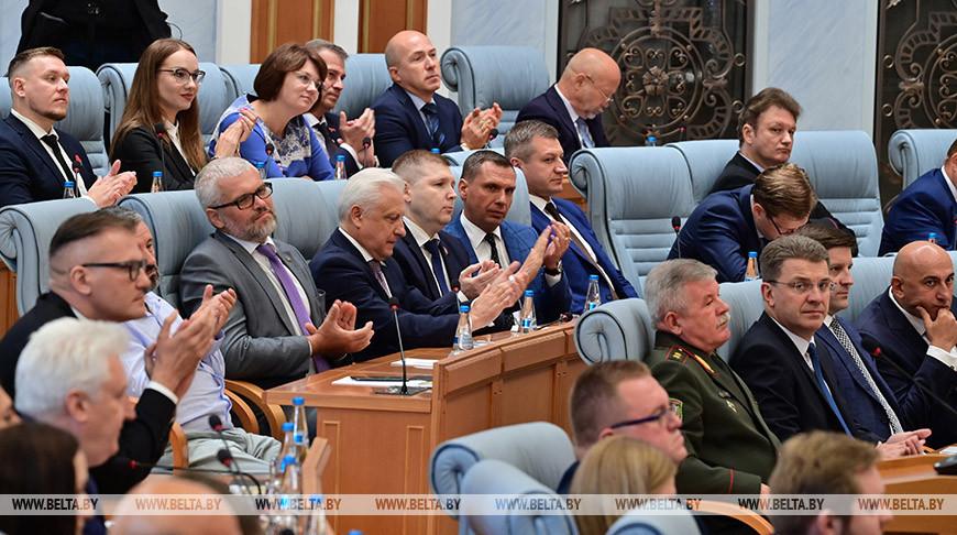 Лукашенко рассказал о возможности введения ответственности за призывы к санкциям
