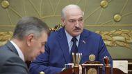 Лукашенко потребовал не допустить падения в промышленности и предупредил работающих на Запад шпионов