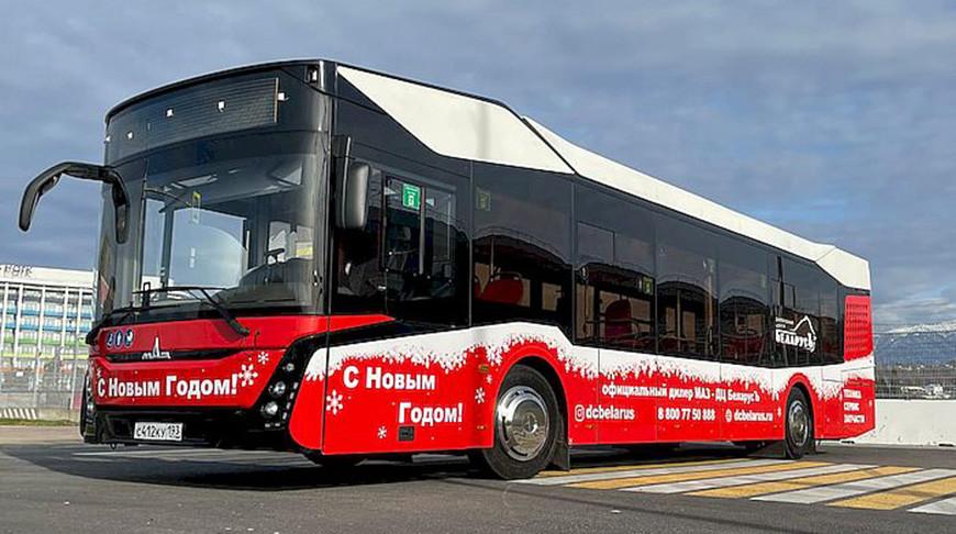 Модель пассажирского автобуса МАЗ 303065. Фото embassybel.ru