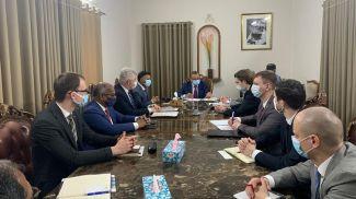 Во время переговоров. Фото посольства Беларуси в Индии
