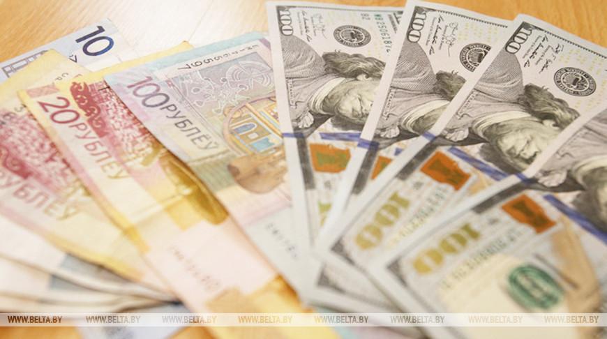 Белорусы в январе – августе купили валюты на $316 млн больше, чем продали.