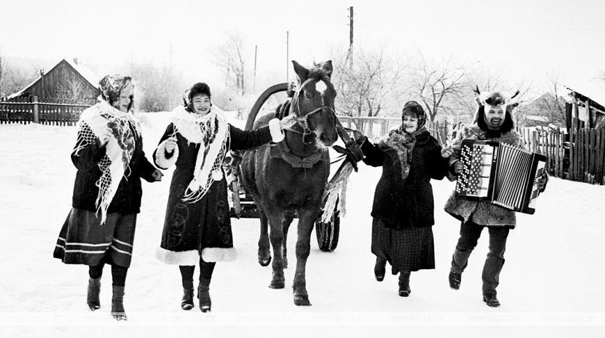 Обряд коляд в деревне Пожежин Малоритского района