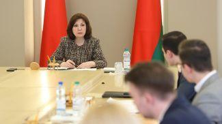 Наталья Кочанова во вреия встречи