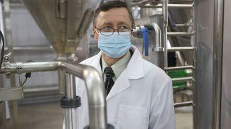 Заведующий лабораторией оборудования и технологий молочно-консервного производства Олег Сороко