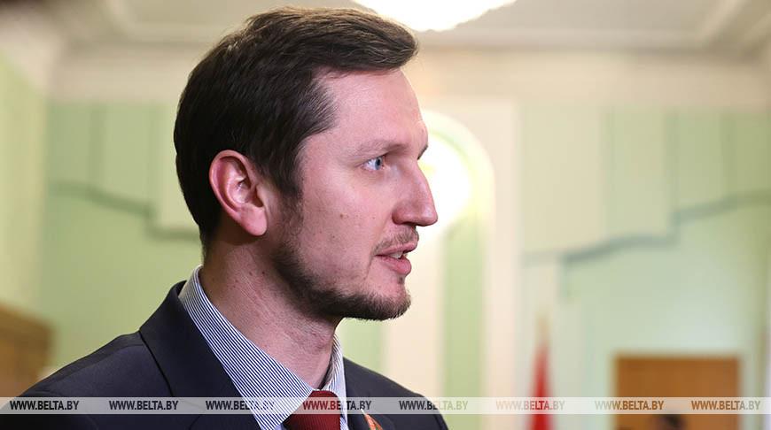 Игорь Завалей